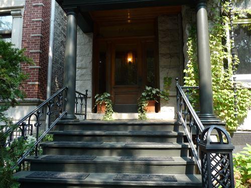 1408 W Cuyler, Chicago, IL 60613