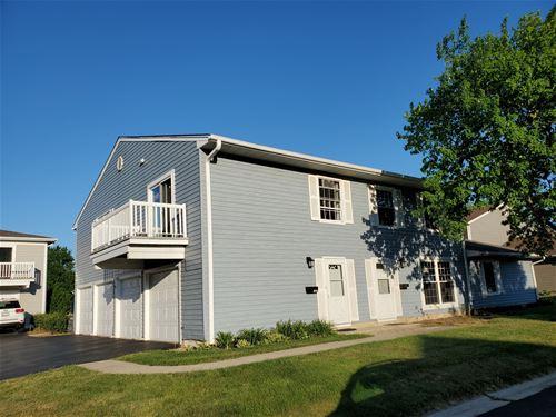 1525 Woodcutter Unit C, Wheaton, IL 60189
