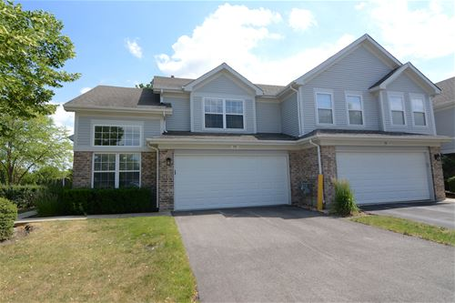 102 Cambrian, Roselle, IL 60172