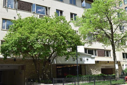 426 W Barry Unit 411, Chicago, IL 60657