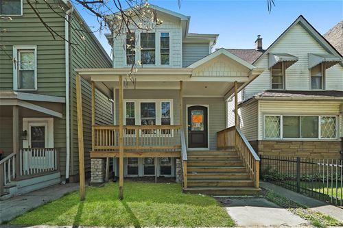 1847 W Warner, Chicago, IL 60613