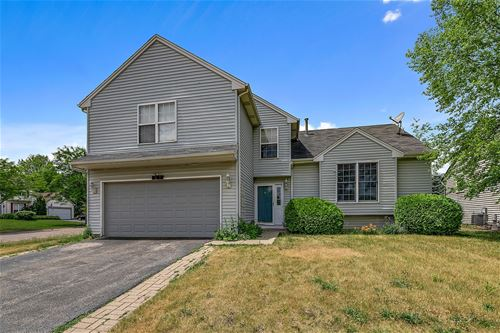 601 Grace, Lake In The Hills, IL 60156
