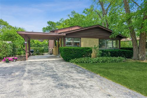 823 Appletree, Deerfield, IL 60015