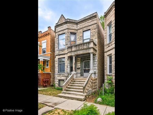 2452 N Albany, Chicago, IL 60647