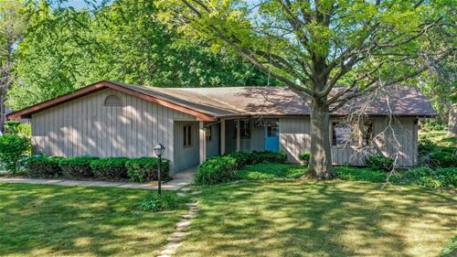 647 Aberdeen, Cary, IL 60013