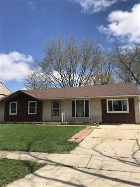 315 Villa, Streamwood, IL 60107