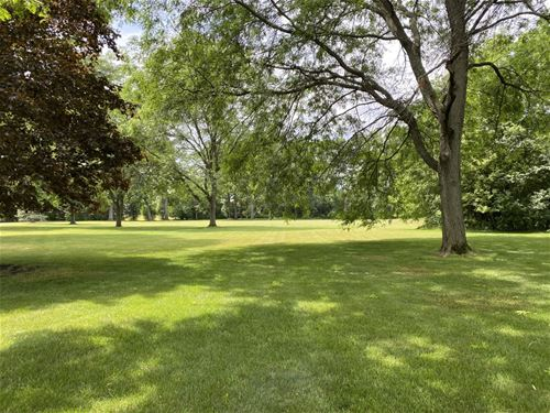 Lot 4 West Old Elm, Lake Forest, IL 60045