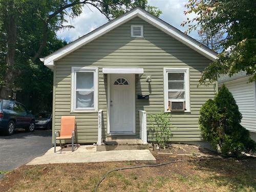 922 Helmholz, Waukegan, IL 60085