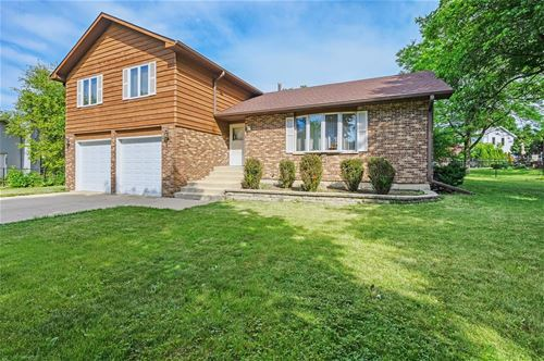 5s768 Country Glen, Naperville, IL 60563