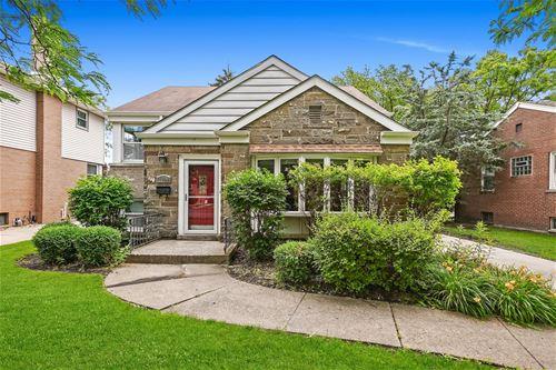 1851 Hawthorne, Westchester, IL 60154