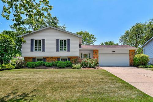 1706 Brentwood, Wheaton, IL 60189