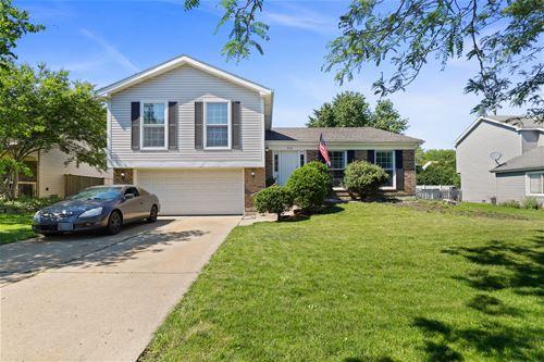768 Stonebridge, Crystal Lake, IL 60014