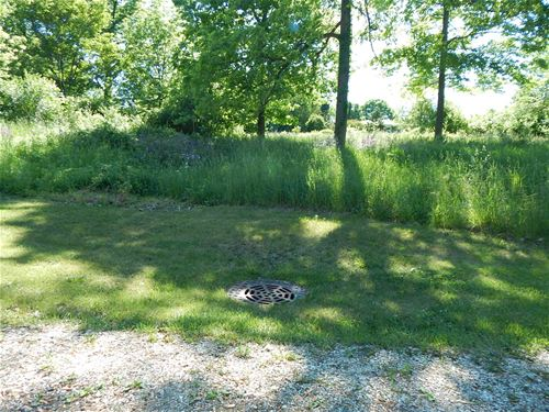 911 Johnson, Fox River Grove, IL 60021