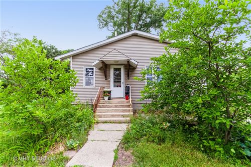 2412 Maple, Downers Grove, IL 60515