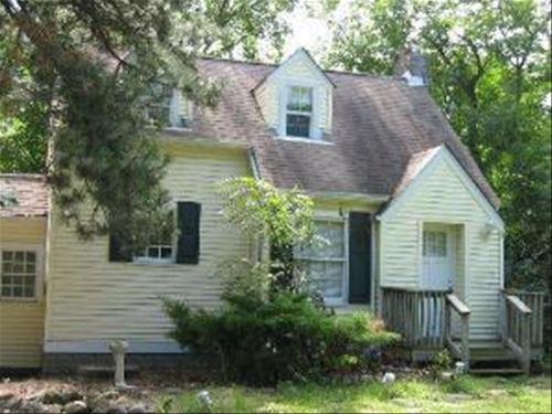 1025 W Plainfield, La Grange Highlands, IL 60525