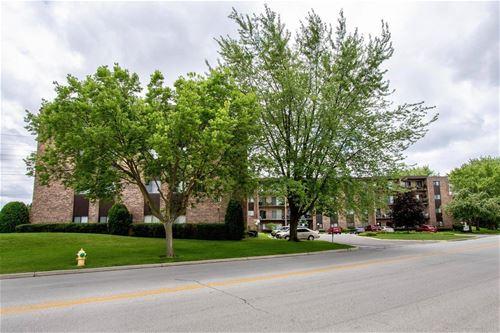 701 W Huntington Commons Unit 311C, Mount Prospect, IL 60056