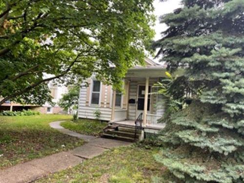 1622 E State, Rockford, IL 61104