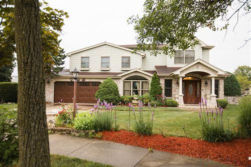 771 Oakwood, Westmont, IL 60559