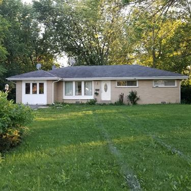 30 Birchwood, Northbrook, IL 60062