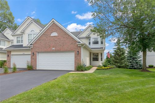 961 Ainsley, West Chicago, IL 60185