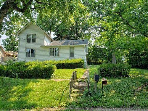 204 W Van Emmon, Yorkville, IL 60560