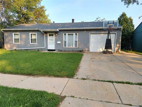 821 Hillside, Streamwood, IL 60107