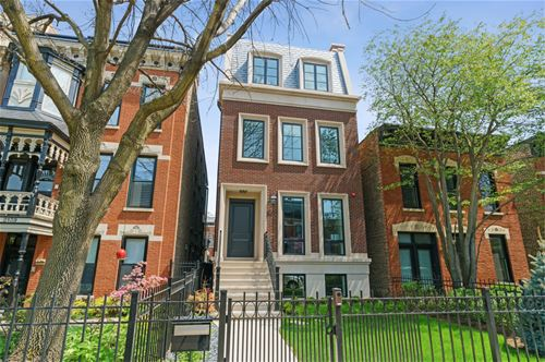 2137 N Clifton, Chicago, IL 60614
