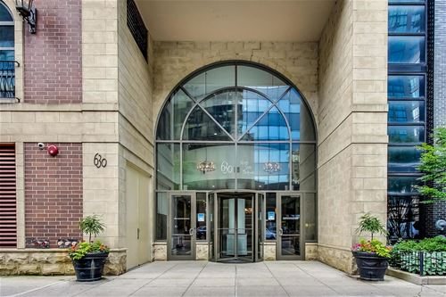 630 N State Unit 1704, Chicago, IL 60654