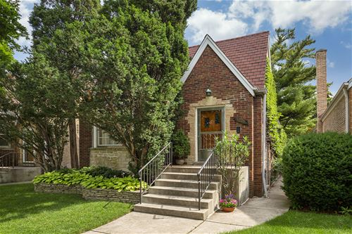 5225 N Larned, Chicago, IL 60630