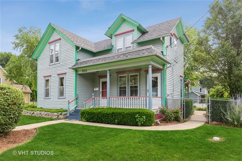 314 E 1st, East Dundee, IL 60118