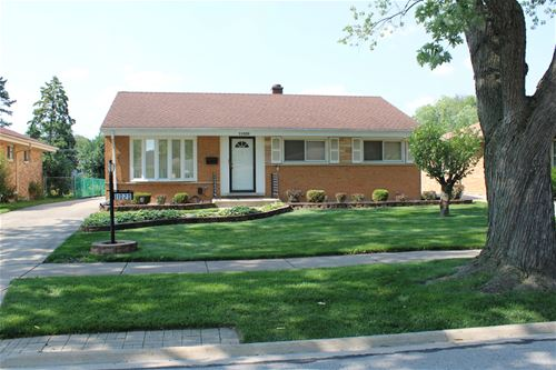 11020 Windsor, Westchester, IL 60154