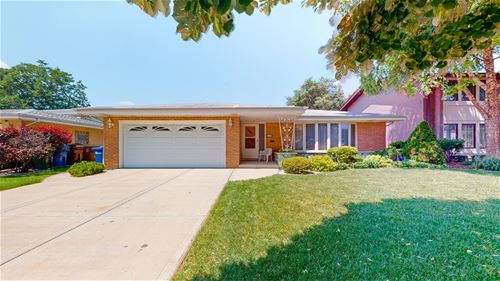 9720 S Tripp, Oak Lawn, IL 60453
