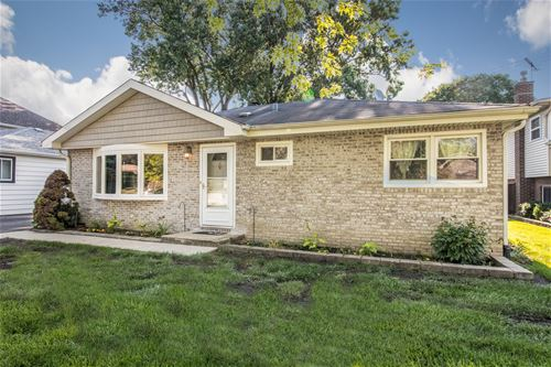 921 S Cleveland, Arlington Heights, IL 60005