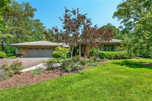 17 Clyde, Golf, IL 60029