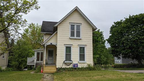 65 N Wisconsin, Carpentersville, IL 60110