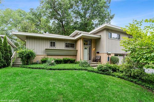 2888 Twin Oaks, Highland Park, IL 60035