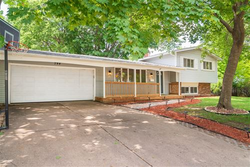 794 Dover, Crystal Lake, IL 60014
