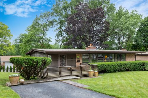 266 E Park, Wheaton, IL 60189
