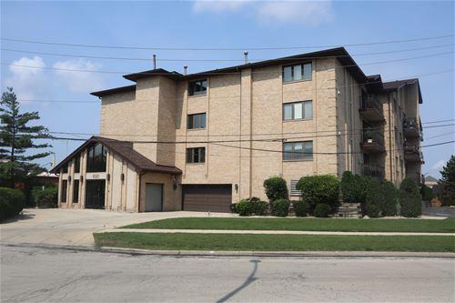 11020 S Keating Unit 204, Oak Lawn, IL 60453