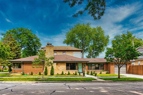121 Le Moyne, Oak Park, IL 60302