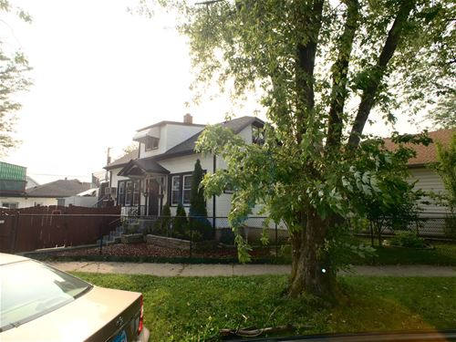 5230 N Parkside, Chicago, IL 60630