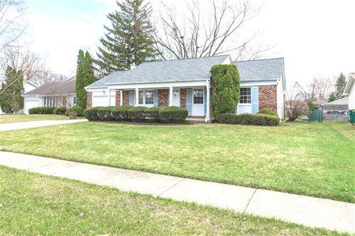 3 Cloverdale, Buffalo Grove, IL 60089