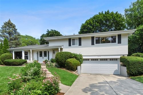 1939 Clover, Northbrook, IL 60062