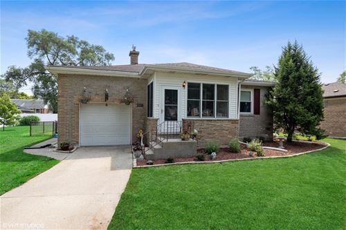 1115 Hull, Westchester, IL 60154