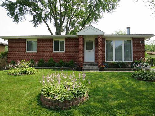 703 E Greenwood, Mount Prospect, IL 60056