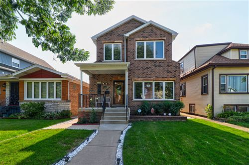 4536 N Meade, Chicago, IL 60630