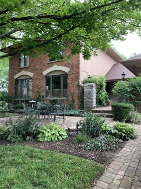 7015 Clayton, Downers Grove, IL 60516