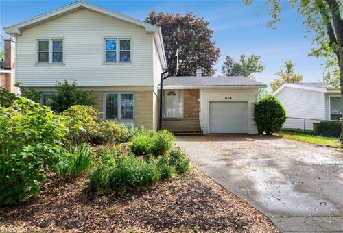 629 Barberry, Highland Park, IL 60035