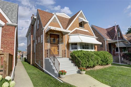5811 N Melvina, Chicago, IL 60646