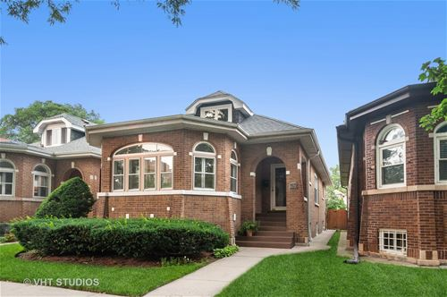 6735 N Rockwell, Chicago, IL 60645